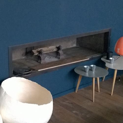 Cheminée de salon à foyer ouvert à Toulouse réalisée par Cheminées iiio