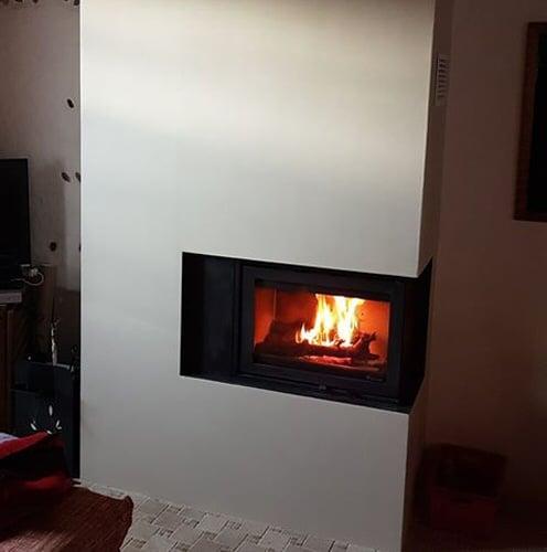 Insert Fonrt Flamme Instyle corner réalisé par les Cheminées IIIO